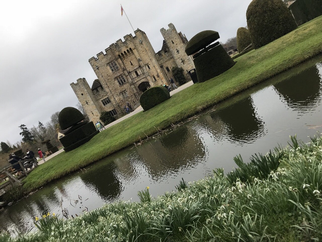 Front view of Hever Castle
