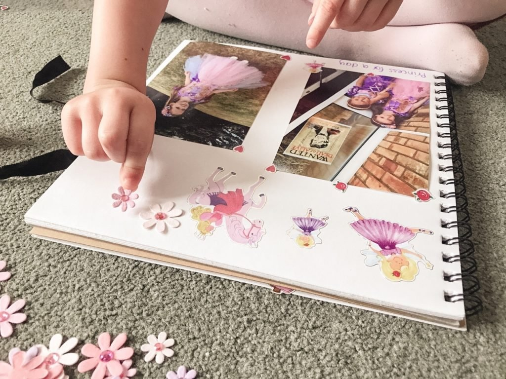 Scrapbooking for kids, things to do at home with the kids